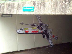 Xwing-fighter-almere-streetart-4-600x450