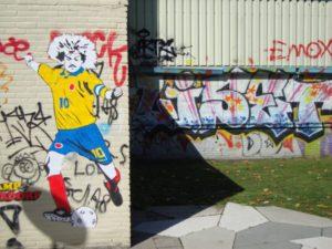 carlos-valderrama-streetart-2-600x450
