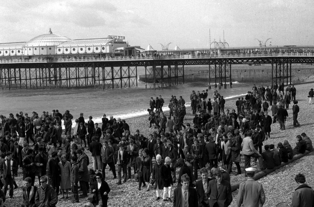 Mods vs Rockers – When two Tribes go to War