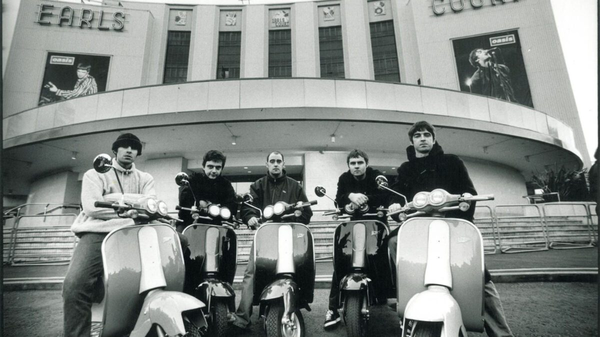Oasis – Supersonic