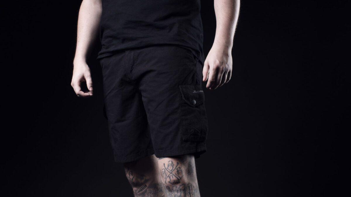 Peaceful Production X Dreierhopp   Die Awaydays Shorts